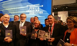 "Immagine associata al documento: Inaugurata al Salone del Mobile di Milano la mostra ""Puglia crossing identities"""