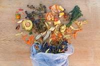 Immagine associata al documento: Consumatori consapevoli contro lo spreco alimentare: troppo buono per essere buttato!